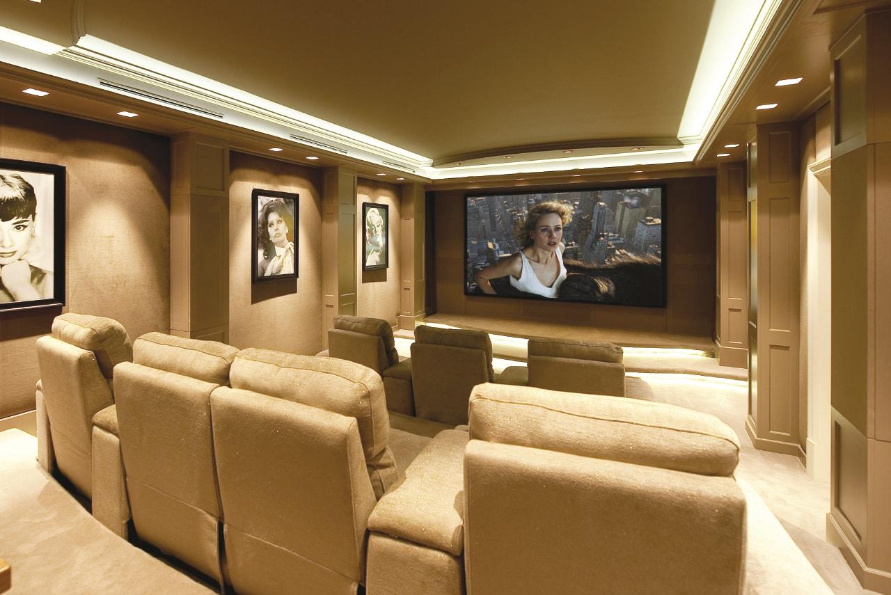 El verdadero cine en casa con la Serie CT800 de Bowers & Wilkins