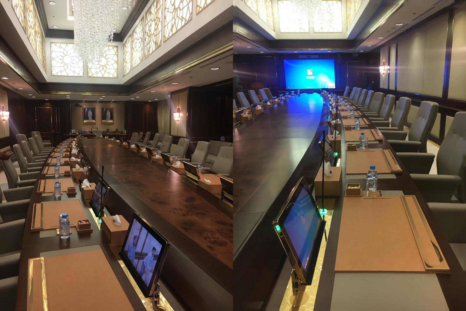 Arthur Holm protagoniza la sala de dirección de Qatargas en Doha, Catar